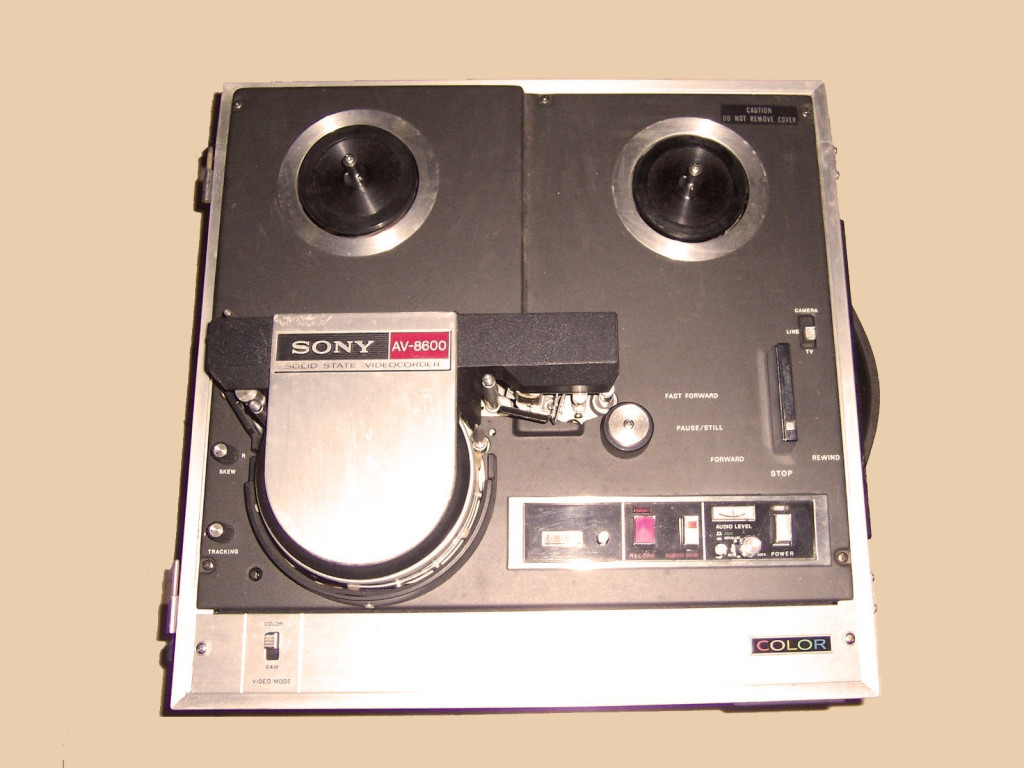 Reel to Reel Videorecorder, partly operable, in good condition